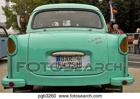 banques de photographies allemagne berlin trabant voiture les iconique est allemand. Black Bedroom Furniture Sets. Home Design Ideas