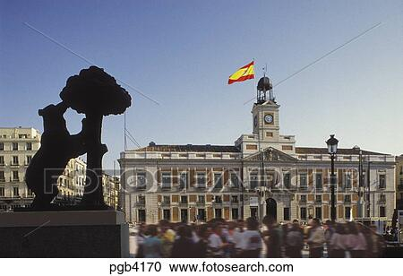 Stock Photography of Spain. Madrid. Puerta del Sol. The Bear and Arbutus tree...