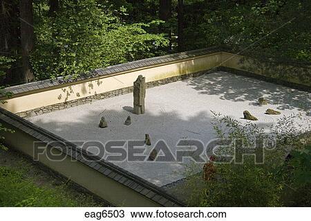 coleccin de foto tradicional jardn zen en el portland jardn japons considerado el ms autntico exterior de japn portland oregn