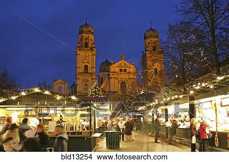 stock foto weihnachtsmarkt in passau deutschland bld13254 suche stockbilder wandbilder. Black Bedroom Furniture Sets. Home Design Ideas