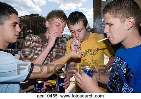Adolescent fumer et boire