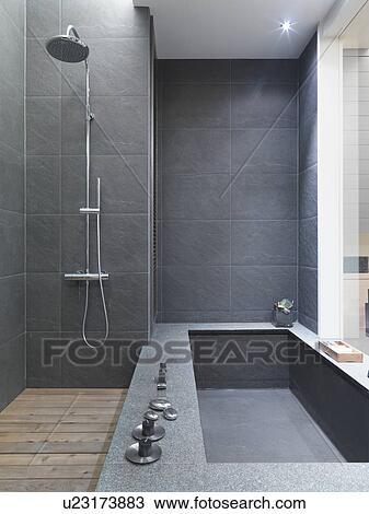 Archivio fotografico moderno nero ardesia vasca bagno e doccia u23173883 cerca archivi - Bagno in ardesia ...