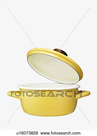 Pictures of Yellow pot with open lid u16073828 - Search Stock ...