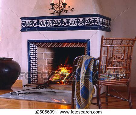 stock fotografie rustikal kaminofen u26056091 suche. Black Bedroom Furniture Sets. Home Design Ideas