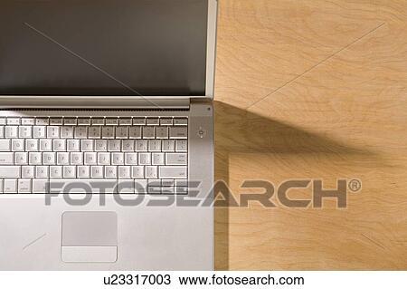 Colecci n de foto teclado ordenador port til y derecho - Foto teclado ordenador ...