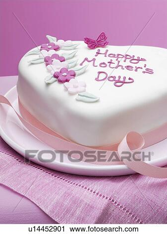Mother S Day Cake Clip Art : Stock Photography of Decorated Mothers Day cake u14452901 ...