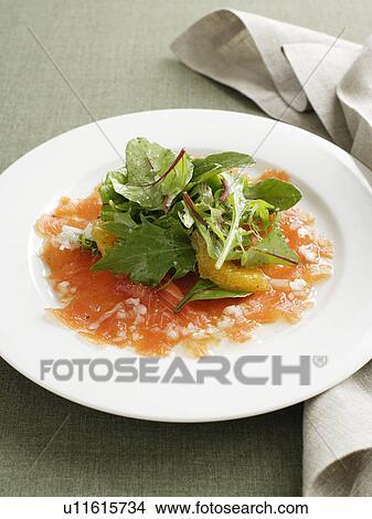 stock foto platte ger ucherter lachs mit salat u11615734 suche stockbilder wandbilder. Black Bedroom Furniture Sets. Home Design Ideas