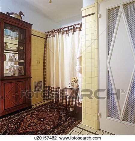 Stock foto bathrooms tweede overzicht room tegel op walls aanzicht om te douche - Gordijn blauwe eend ...