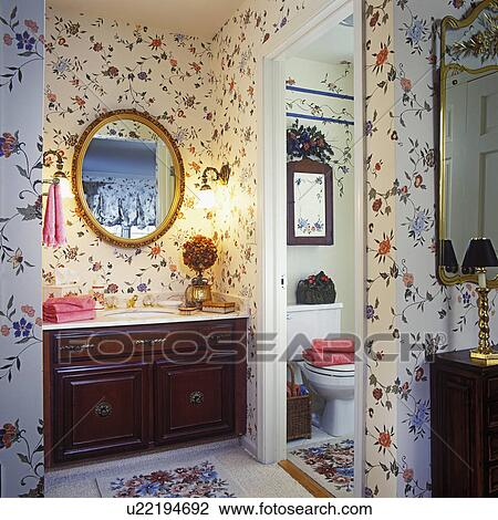banque de photo bathrooms ma tre salle bains vigne florale wallpaper sombre bois. Black Bedroom Furniture Sets. Home Design Ideas