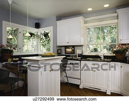 Stock fotografie   keuken, :, klein, ruimtes, meubel, stijl, witte ...