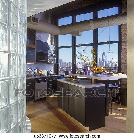 bild k chen dachgeschoss kueche chicago skyline. Black Bedroom Furniture Sets. Home Design Ideas
