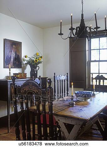 bilder essen rooms antiquit ten treppengel nder back st hle sawbuck tisch stahlblech. Black Bedroom Furniture Sets. Home Design Ideas