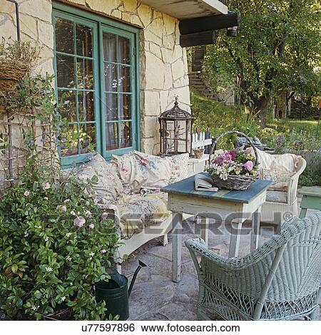 banque d 39 images patios allocation places secteur sur. Black Bedroom Furniture Sets. Home Design Ideas