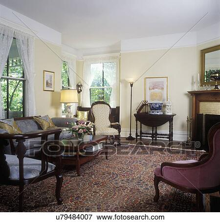 bild lebende rooms wiederhergestellt viktorianische bla gelbe w nde wei trimmen. Black Bedroom Furniture Sets. Home Design Ideas