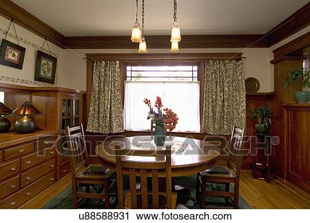Stock Photography Of Vase Filled With Flowers On A Dining Room Table San Die