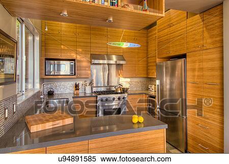 Stock afbeelding huishoudelijk keuken remodel oakland californi usa u94891585 zoek - Redo keuken houten ...