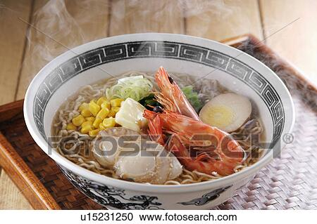 how to cook seafood ramen noodles