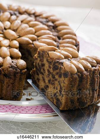 Dundee Cake Clip Art : Stock Photography of Slice of Dundee Cake u16446211 ...