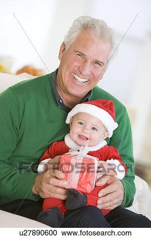 Stock fotografie gro vater mit baby in sankt ausstattung u27890600 suche - Wandbilder baby ...