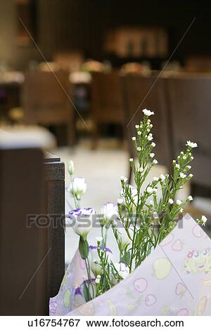 Immagine primo piano di uno mazzo fiori con for Disegni del mazzo del secondo piano