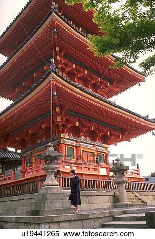 banque d 39 image asiatique architecture japon kyoto kiyumizudera temple u19441265. Black Bedroom Furniture Sets. Home Design Ideas