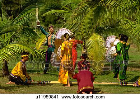 Stock Photography of filipino, troup, tradional, perform ...