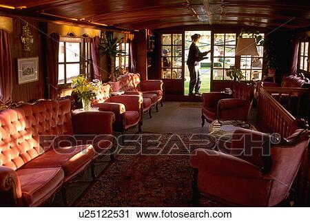 banques de photographies bourgogne nenuphar p niche croisi re luxe int rieur u25122531. Black Bedroom Furniture Sets. Home Design Ideas