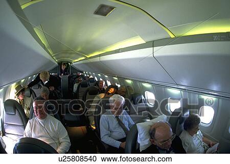 banques de photographies concorde mod le vol avion int rieur u25808540 recherchez des. Black Bedroom Furniture Sets. Home Design Ideas