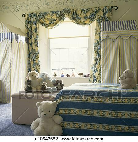 Blue And Yellow Curtain Fabric Blue Curtains Blue Walls