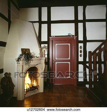 banque de photo pierre dessus chemin e sur coin chemin e clair br ler dans pays. Black Bedroom Furniture Sets. Home Design Ideas