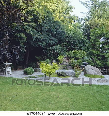 Archivio fotografico orientale giardino roccia con for Giardino orientale