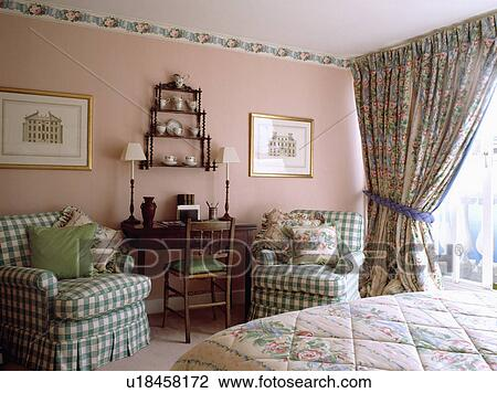 Stockfoto   green white, checked, armchairs, og, blomstrede ...