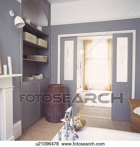 bilder modernes grauer badezimmer mit korbgeflecht. Black Bedroom Furniture Sets. Home Design Ideas