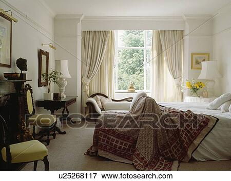 image model jeter lit dans blanc chambre coucher. Black Bedroom Furniture Sets. Home Design Ideas