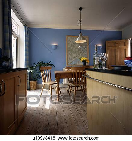 Images pin table et chaises et plancher bois dans for Cuisine plancher bois