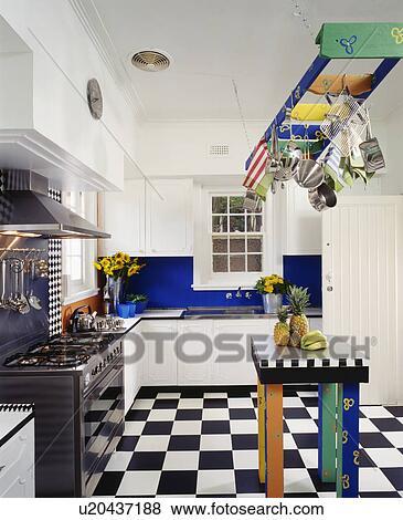 Beelden   multicoloured, rek, boven, bijbehorend, tafel, in, hippe ...