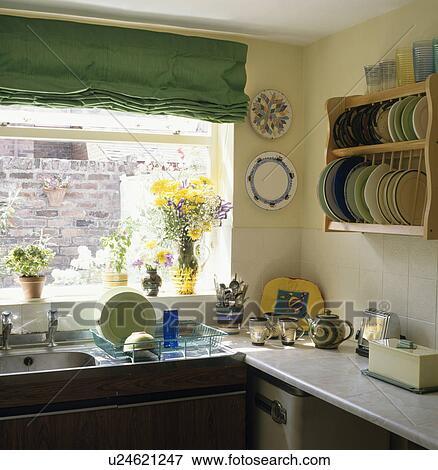 Parete Gialla Cucina: Colori pareti moda. Colori cucina quali ...
