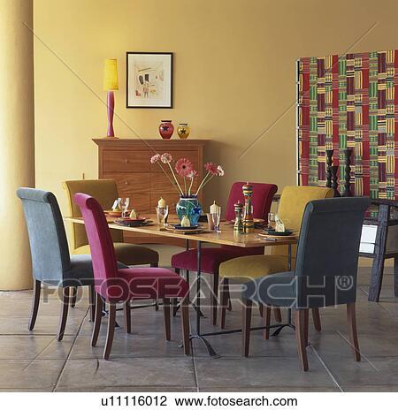 stock foto - rosa, und, türkis, gepolstert, essen, stühle, tisch, Esszimmer dekoo
