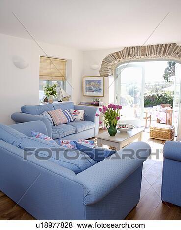 Bilder - blau, sofas, in, weiß, küsten, wohnzimmer, mit ...