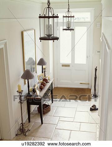 Archivio fotografico   calcare, mattonelle pavimento, in, bianco ...