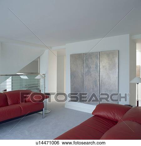 Stock afbeeldingen groot abstracte triptych schilderij in hippe stadsleven kamer met - Kamer schilderij ...