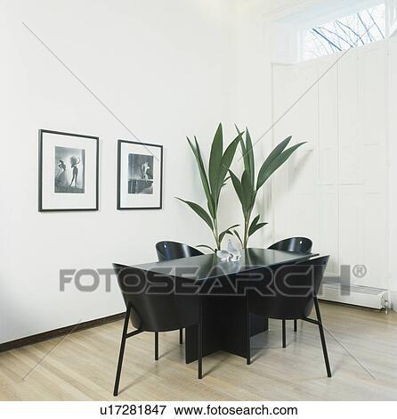 Immagine nero sedie e tavola in moderno sala da for Tavola e sedie