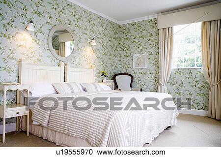 Stockfotografering   fløde, bedline, seng, ind, land, soveværelse ...