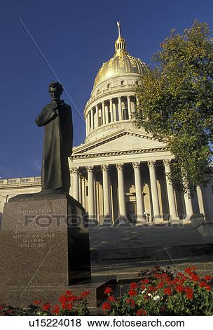 Pictures of charleston state capitol state house west for Capital city arts and crafts show charleston wv