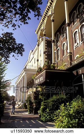 Hotel Inn Saratoga Springs New York Ny Adelphi In Downtown The Autumn