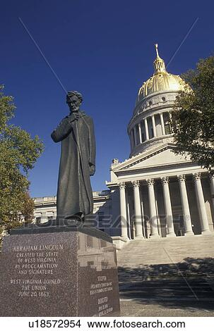 Stock photo of charleston wv state capitol state house for Capital city arts and crafts show charleston wv