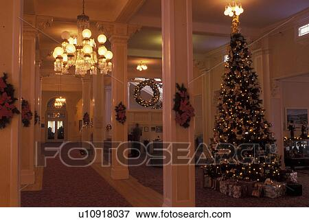 Picture of Bretton Woods, NH, hotel, New Hampshire, Main Lobby of ...
