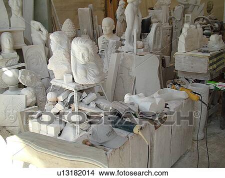 stock foto toscana italien carrara toscana europa skulpturen gemacht von wei er marmor. Black Bedroom Furniture Sets. Home Design Ideas