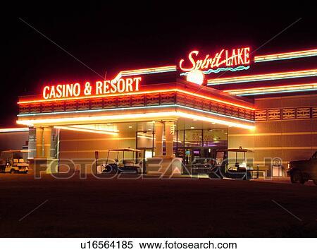 Spirit lake casino hotel