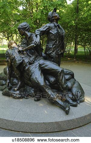 Vietnam Memorial Women Statue Clip Art